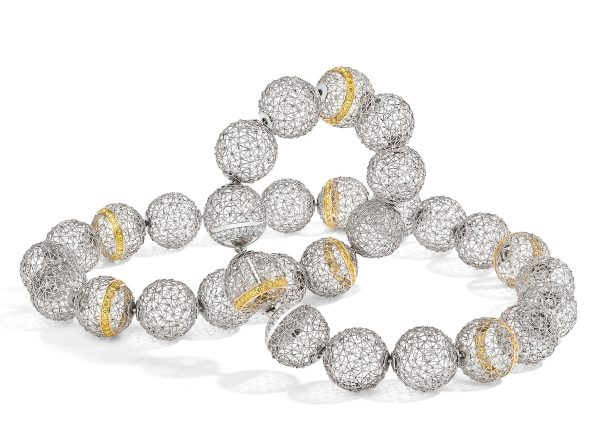 Tom Rucker Jewellery. Platinum and gold necklace with 293 rare white and natural fancy vivid yellow brilliant cut diamonds. 2.86 carats