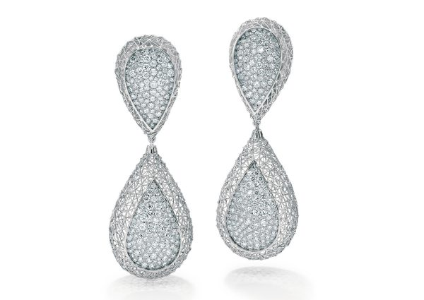 Tom Rucker Jewellery. Platinum earrings with 338 rare white brilliant-cut diamonds, totalling 2.96 carats