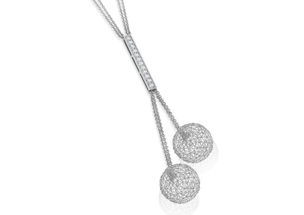 Tom Rucker Jewellery necklace. Platinum 950 necklace. ø 14 mm length lower part approx. 82 mm. 12 rare white diamonds 0.38 cts