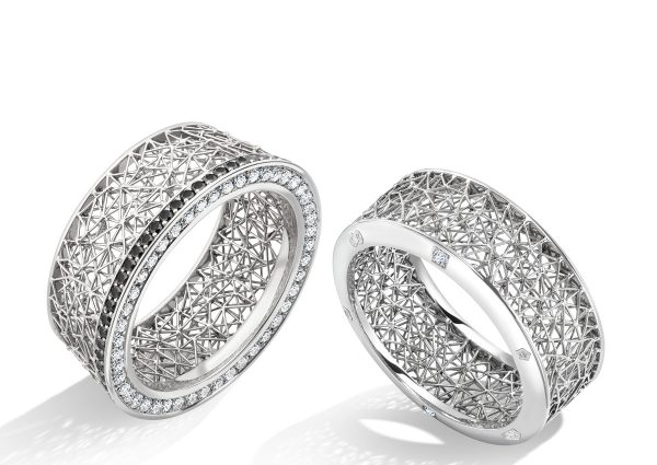 Tom Rucker Jewellery. Platinum 950 ring with rare white diamonds and London Assay Office display marks.