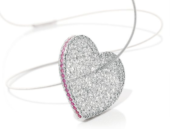 Tom Rucker Jewellery necklace heart pink. Platinum 950 necklace / pendant with natural fancy pink diamonds