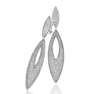 Tom Rucker Jewellery earrings. Platinum earrings with rare white brilliant-cut diamonds 2.34 carats.