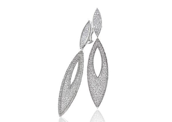 Tom Rucker Jewellery earrings. Platinum earrings with rare white brilliant-cut diamonds 2.34 carats.