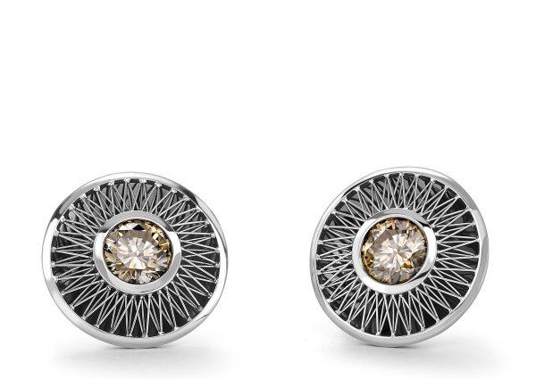 Tom Rucker Jewellery. Platinum and black ruthenium Ear clips. IGI certified natural fancy greyish deep brown brilliant-cut diamonds - 2.10 carat